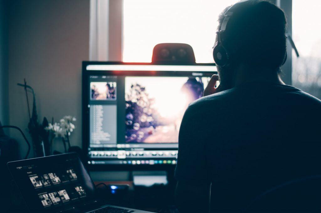 hiring a freelance video editor